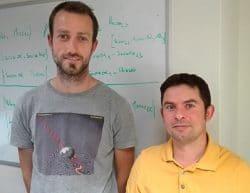 Deux jeunes chercheurs de l'INCR
